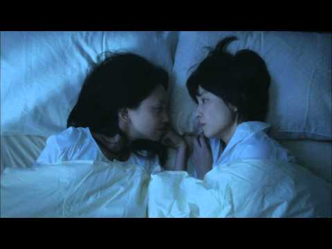 石田ゆり子と永作博美のキスシーン