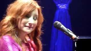 Tori Amos - Scarborough Fair & Spark take 1 & 2 (Eindhoven, 2011-10-15)