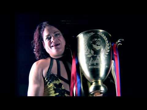 EXCLUSIVA: Pimpinela en el backstage de Héroes Inmortales X - Lucha Libre AAA Worldwide
