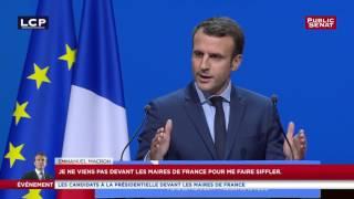 Macron détaille sa réforme d'exonération de la taxe d'habitation devant l'AMF