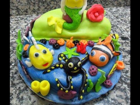 gâteau-d'anniversaire-pâte-à-sucre...تزيين-حلوى-عيد-ميلاد-بعجين-السكر