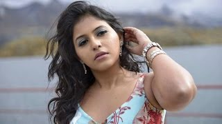 I am Not afraid to do Item Songs says Anjali!...
