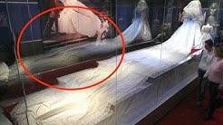Das geheime Brautkleid der Lady Di