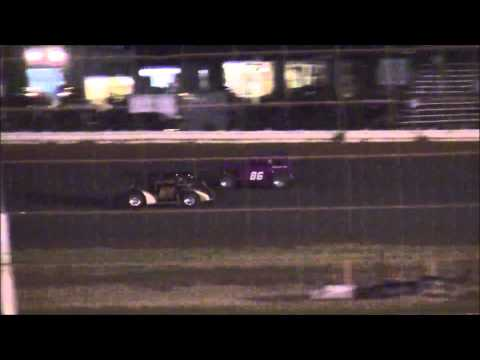 Legends at Lubbock Speedway 8-1-14