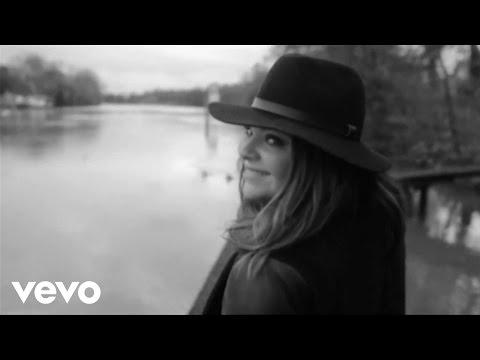Caroline Costa - What a feeling (Flashdance Cover)