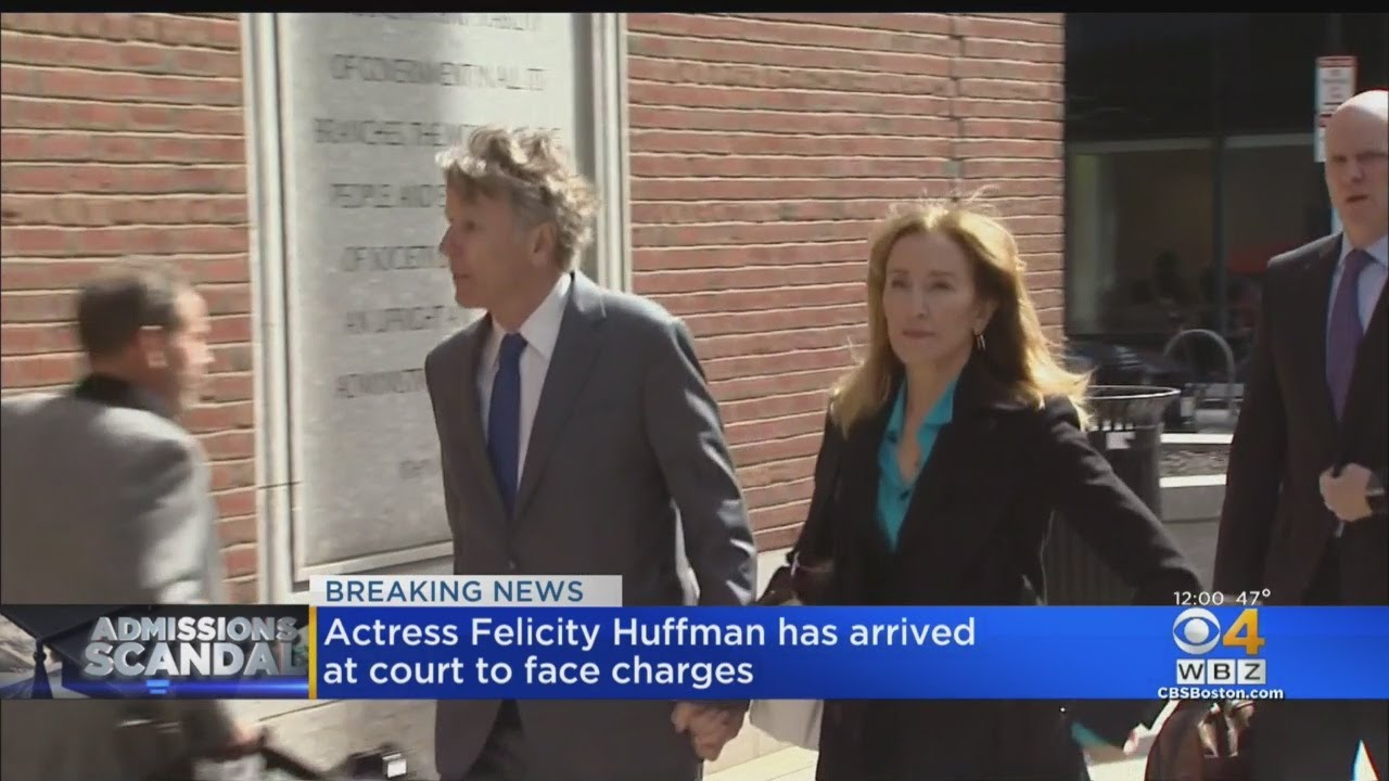 Felicity Huffman Arrives At Federal Court For College Admissions Scam  Hearing