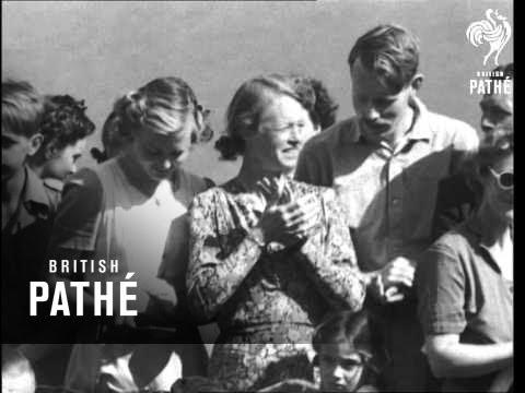 Oyez, Oyez, Oyez (1948)