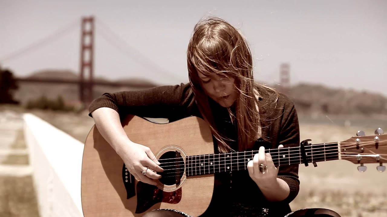 Courtney Marie Andrews - It Keeps Going (Golden Gate ...