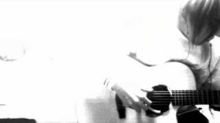 福井県出身アコギギタリスト。 フィンガーピッキングを中心に、関西で活...