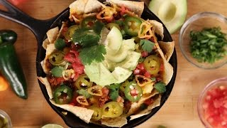 How To Make Breakfast Nachos | Eat The Trend