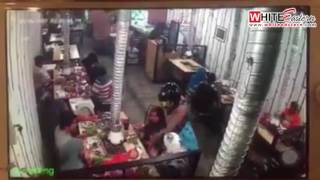 Armed robbers rob diners at Taman Melawati BBQ Restaurant  Malaysia Crime Focus 360