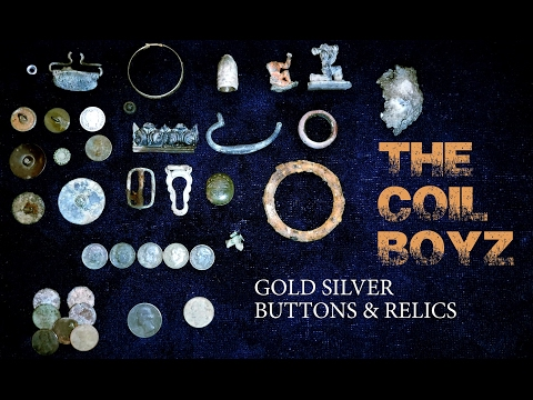 Metal Detecting: 1700s Gold Silver Buttons & Relics