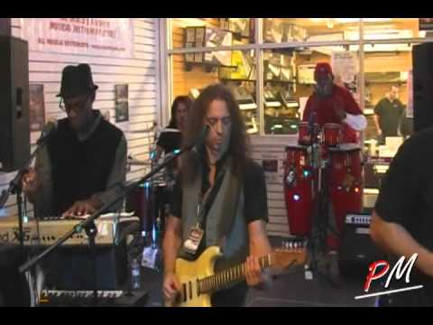 MOV1CF Thank-A-Palooza-Fest-AGanza at Sam Ash - Buffalo Grove