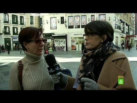 """Ciudadana: """"No me sé la letra del himno español, me acuerdo del 'Cara al sol'"""""""