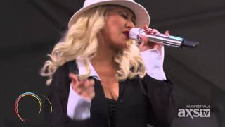 Download Christina Aguilera - Makes Me Wanna Pray (live) Mp3 and Videos