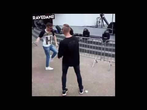 #15 RAVEDANS | DANCEMOVES TECHNOMOVES TECHNO DANCING KONIJNENDANS RAVEDANCE SHUFFLING CUTTINGSHAPES