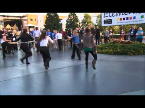 Flash Mob Performs to Michael Jackson's