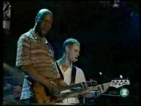 Annie Lennox I NEED A MAN 46664 Live 3/2005 (8/9)
