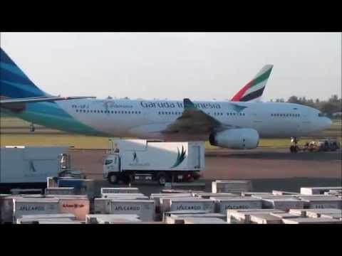 PLANE SPOTTING AT JAKARTA | Soekarno Hatta International Airport