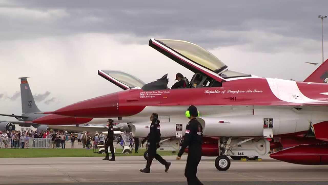Singapore Rsaf F 16 Start Up Ceromony Youtube