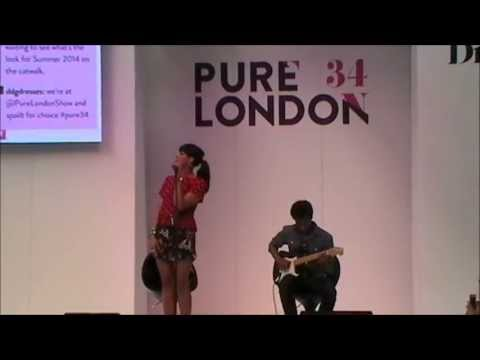 Javine Performs at #Pure34 London - LIVE Acoustic