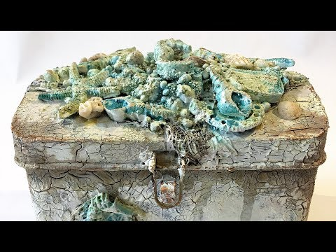 "Mixed media ""Treasure chest"" - process video"