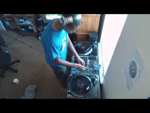 DJ Madstylezz - Automatic BASS! (Killer Drumstep Mix)