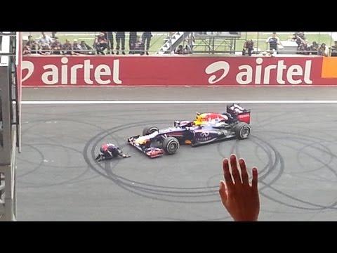 Sebastian Vettel Burnout/Donuts (Full video) @ F1 Indian Grand Prix 2013