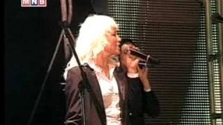 Kiwi - Nuutshan hair (live)
