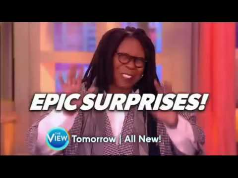 The View August 11, 2016  Tyler Henry gives readings to Sara Haines and Raven Symoné