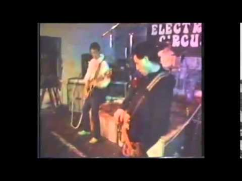 Buzzcocks - What do I get? (Live 1977 @ The Electric circus.