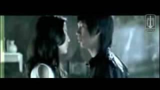 D'Masiv Cinta Sampai Disini Official Video