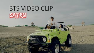 Download lagu BTS VIDEO CLIP DENNY CAKNAN X HAPPY ASMARA - SATRU