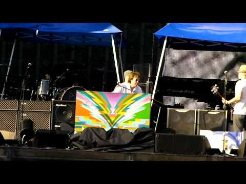mccartney chicago soundcheck endof LadyMadonna.MP4