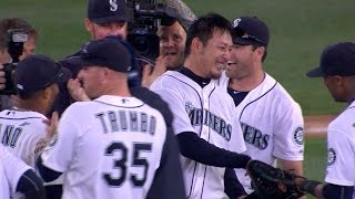 BAL@SEA: Iwakuma pitches a no-hitter vs. Orioles