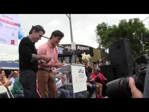 Peter Gallagher and Hamish Linklater Speaks at 29th Annual AIDS Walk Los Angeles 2013