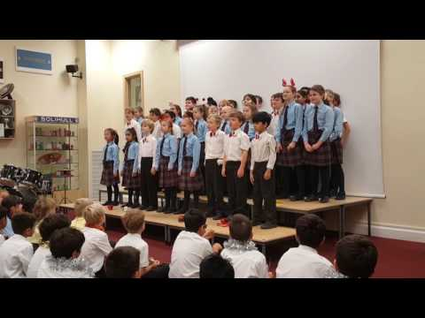 Junior School Christmas House Singing