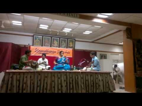 Violinist Vijayaganesh accompanying Smt Baby Sreeram - Ragam Gowri Manohari