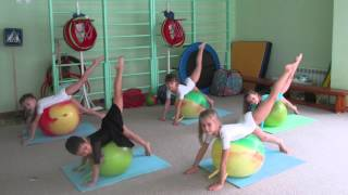 MBDOU 141 - здоровьесберегающие технологии в занятиях физической культурой(Видео содержит информацию о работе инструктора по физической культуре детского сада МБДОУ