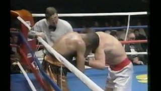 Lonnie Beasley vs Troy Waters a_to_AVI_clip2.avi
