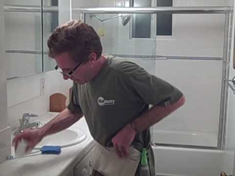 How To Clean A Bathroom Using Quick Cleaning Procedures Youtube