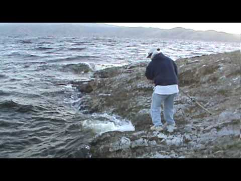 Striper fishing san luis reservoir hmong youtube for San luis reservoir fishing
