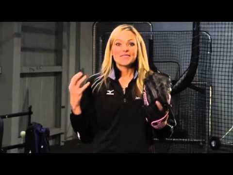 Mizuno Tuesday Tips with Jennie Finch  Team Chemistry