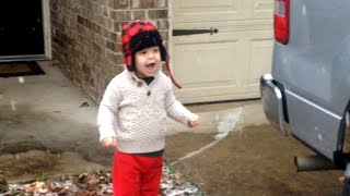 Adorable 2-Year-Old from Florida Sees Snow For The First Time: 'Wow, Wow!'
