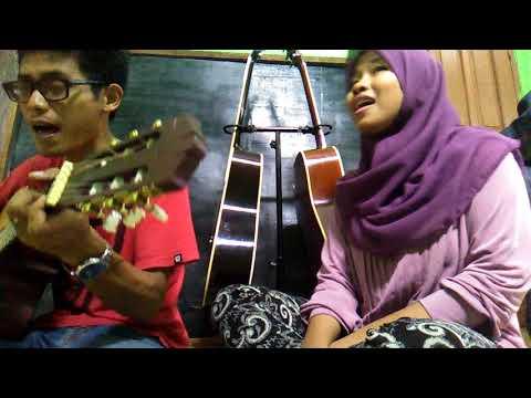 Dewi Lestari ft Aqi Alexa - Peluk (COVER) by Suci Heema & Fauzan Kucing