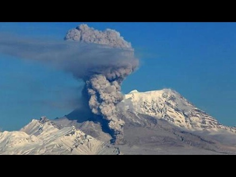 The Bogoslof Volcano Eruption disrupt flights activity