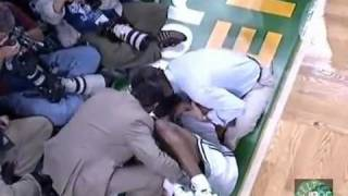 Paul Pierce Amazing return to the game after bad injury Game 1 Finals 2008 vs.Los Angeles Lakers