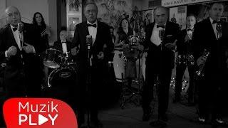 Kargalar Kafeste - Benim Halkım (Official Video)