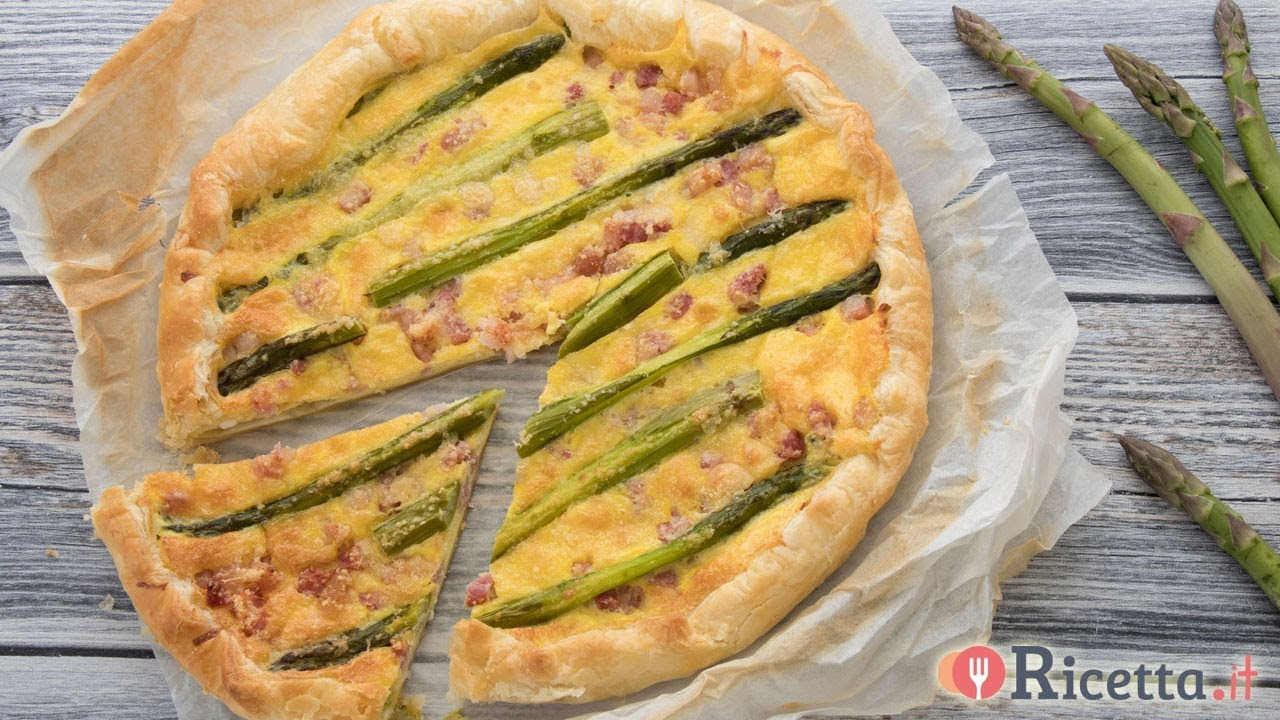 Torta salata con asparagi, pancetta e provola - Ricetta it