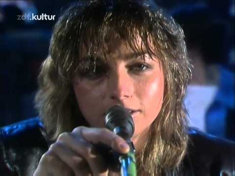 Gianna Nannini - America (1980) - YouTube